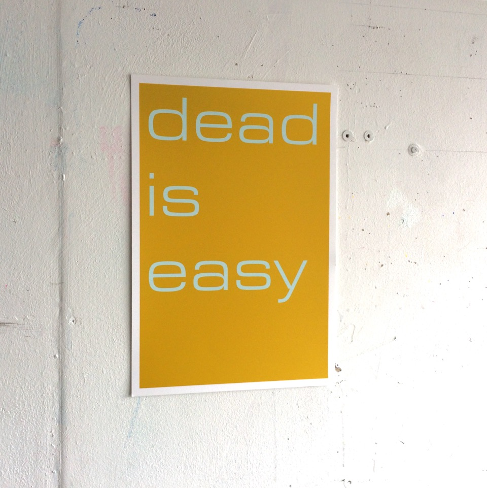 Tim Ayres Dead is Easy zeefdruk zijkant